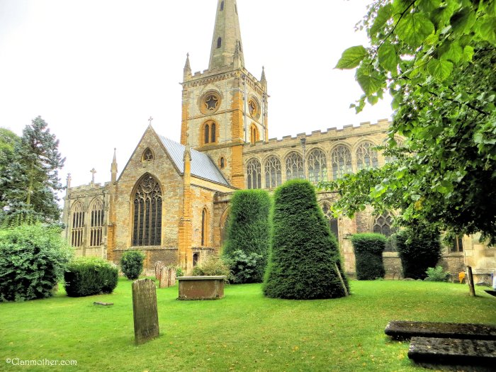 Holy Trinity Church - The Place of baptism and burial of William Shakepeare